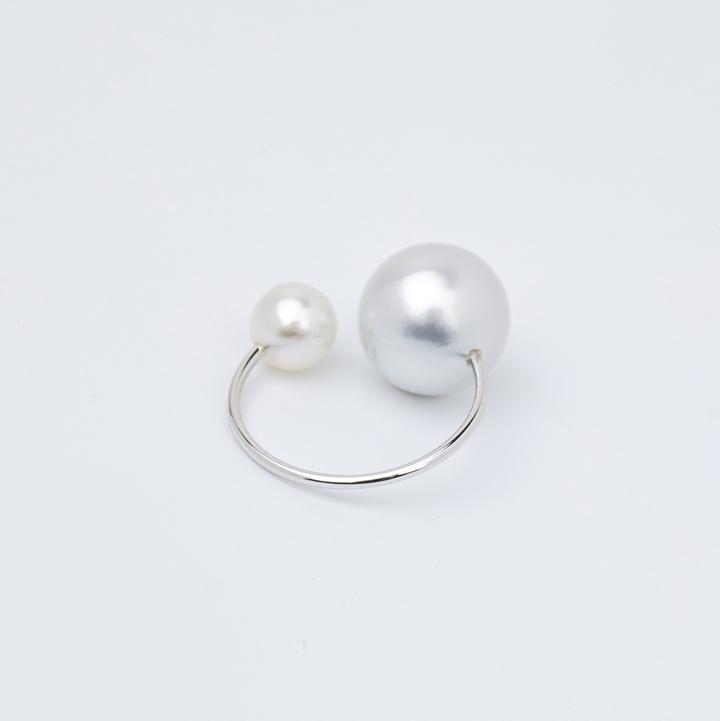 画像1: Hirotaka ヒロタカ South Sea Pearl Ear Cuff(White Gold){-BJS} (1)